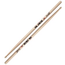 Vic Firth FS7A American Concept Freestyle 7A - 7A model with extra-long length and extra long taper, expanding the drummer's fulcrum area for a wide array of responses and feels.